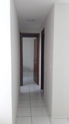 Aluga-se Apartamento Mobiliado de 02 quartos no Catolé  - Foto 9