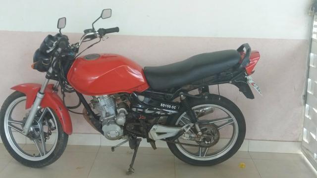 Vendo moto de 900 reais so com carburador ruim
