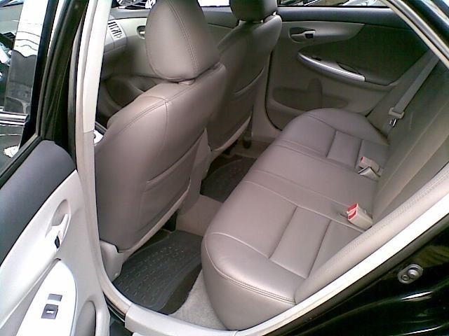 Toyota Corolla 1.8 gli automático - Foto 11