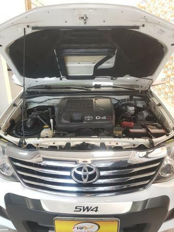 Toyota Hilux SW4 3.0 aut. 7 lugares - Foto 5
