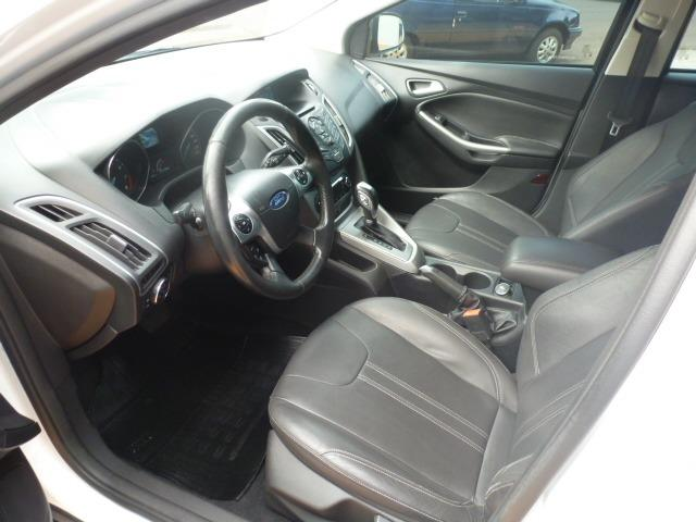 Ford Focus Hatch SE 2.0 16V PowerShift - Foto 4
