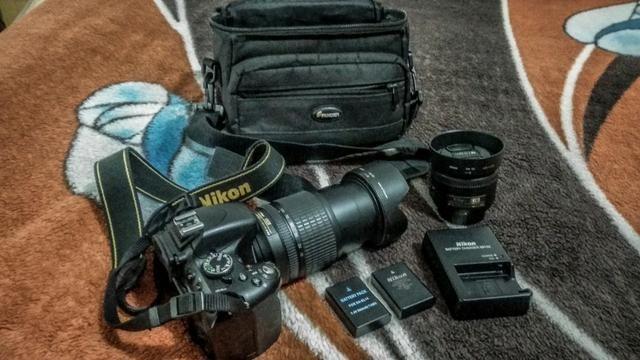 Nikon D5100 + Lente Nikkor 18-105 VR + Nikkor 35mm 1.8 + Bateria Extra