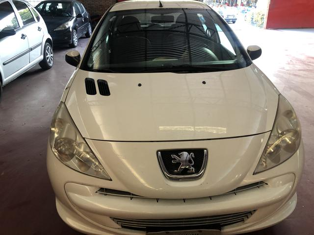 Peugeot 207 XR 1.4 2012 - Foto 7