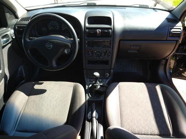 GM Astra - Foto 5