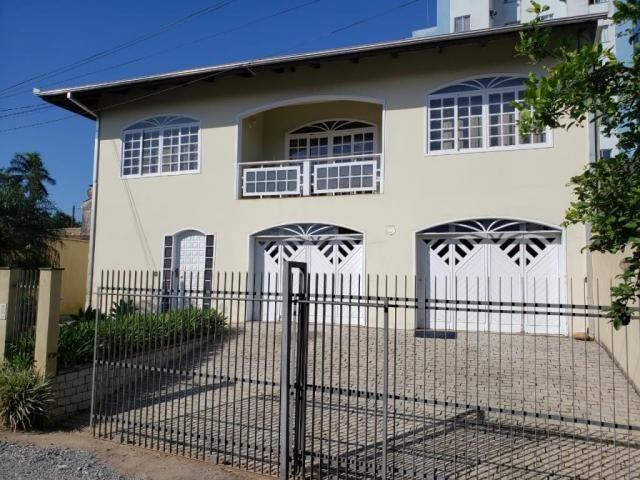 Casa à venda com 5 dormitórios em Iririú, Joinville cod:V10228