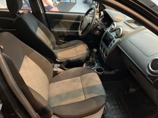 Fiesta Hatch 1.0 4p. Completo com IPVA 2021 Pago - Foto 8