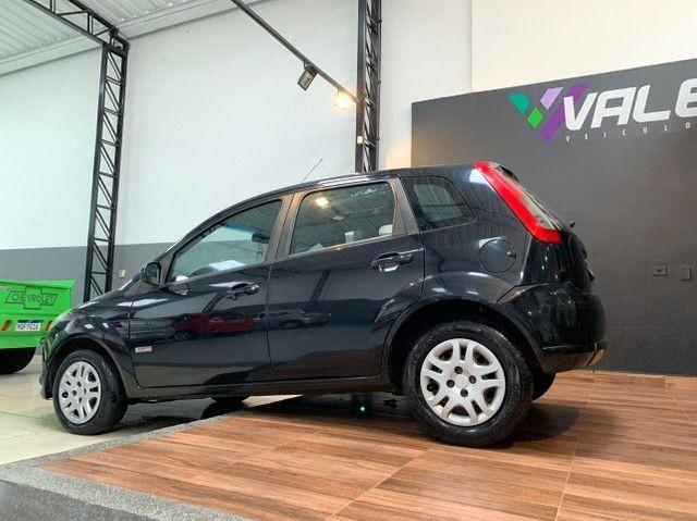 Fiesta Hatch 1.0 4p. Completo com IPVA 2021 Pago - Foto 6