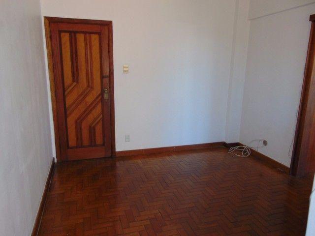 JCO2 - Lindo apartamento na Rua Silva Teles com Fiador ou Fiança
