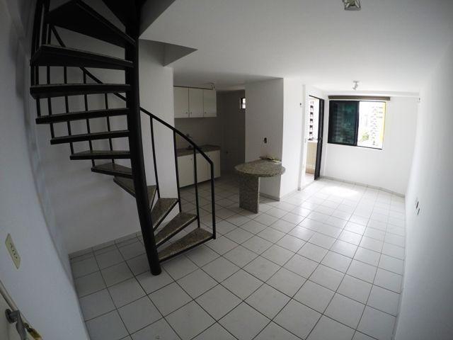 Apartamento no 4º andar com 58,89 metros quadrados e 2/4 em Ponta Verde - Ref.: B1520