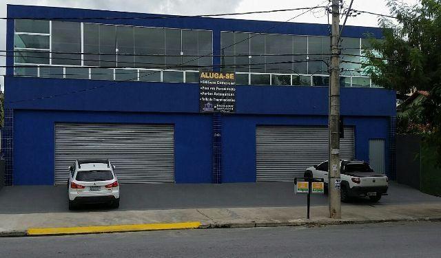 Aluga-se Imóvel Comercial, localizado à Rua Doutor Álvaro Carmargos, 2480 e 2500