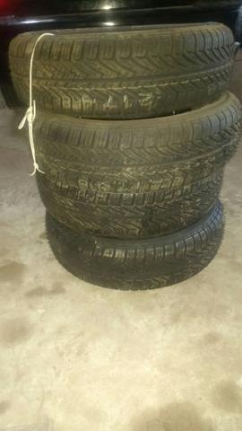 Vendo jogo de pneus spider novos!!!!