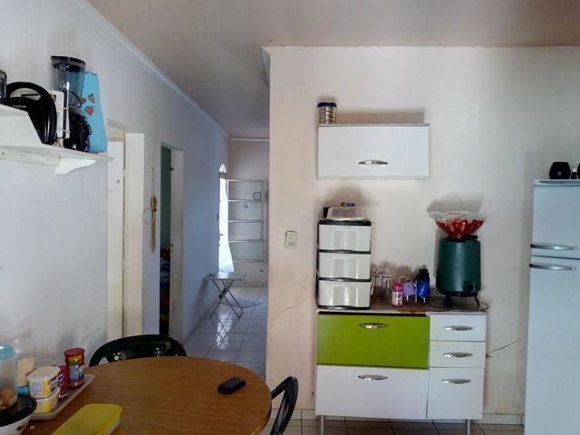 """Oportunidade! Casa com 2Qts. """"Condomínio Fechado no IAPI"""" - Foto 9"""