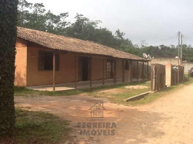 Ampla casa em Morretes com 4 qts. e 240m² de área construída!!