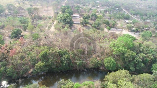 Chácara 13 km de cuiabá beira do rio coxipó - Foto 13