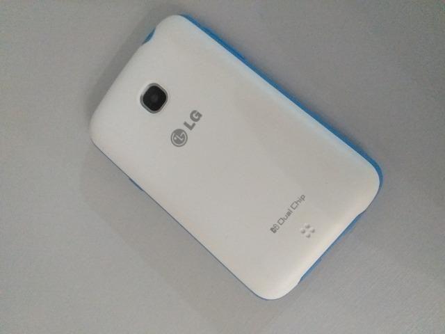 Smartphone LG L30 Sporty Dual Chip - Cor Branco/Azul - Foto 4