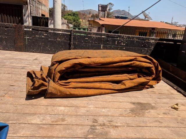 Carroceria madeira Itabaiana 8'5 mais encerado ( valor a parte) - Foto 2