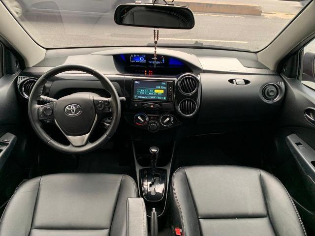 Novo Etios sedan automatico versao top de linha 2018 5 mil de entrada - Foto 2