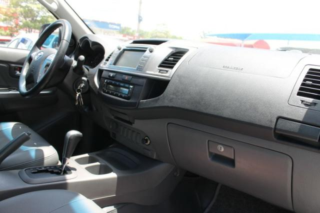 Toyota Hilux Cabine Dupla Hilux 2.7 4x2 CD Srv (Flex) (Aut) 2015 - Foto 15