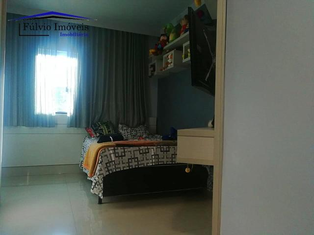 Maravilhosa casa moderna, completa em armários, ar condicionado, 05 quartos, 04 com suítes - Foto 7
