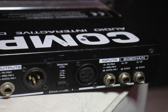 Compressor Behringer Pro MDX 2200 - Troco em Ar Split - Foto 2