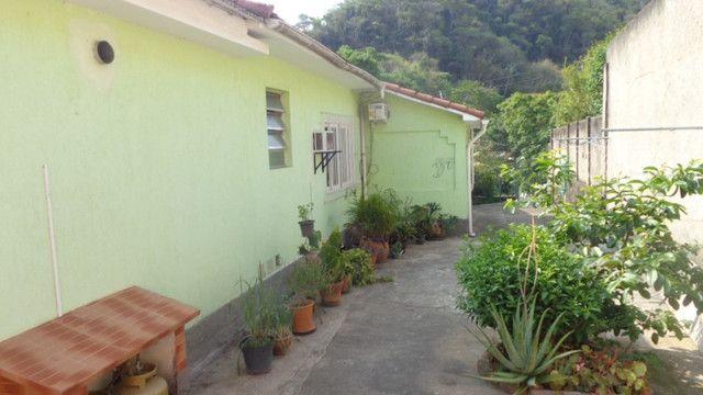 Casa e loja em rua central de Corrêas - Foto 19