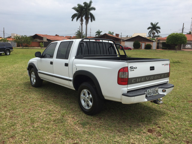 Vendo Gm S10 2.8 turbo diesel 05/06 - Foto 4