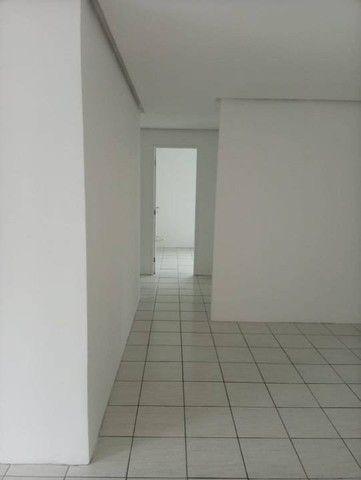 Apartamento para venda possui 100 metros quadrados com 3 quartos em Graças - Recife - PE - Foto 12