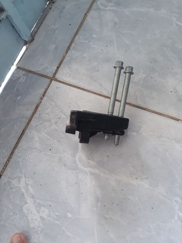 Base da caixa de macha hb20s mais kit embreagem usado. - Foto 2
