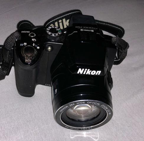 Camera Coolpix P500 Nikon