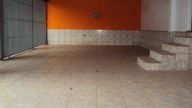 Casa de 5 quartos - 2 suítes - Bairro Feliz - Goiânia-GO - Foto 2