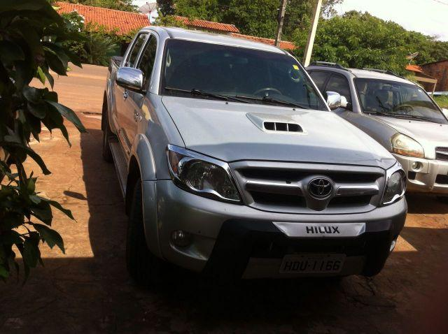 Toyota Hilux SRV 3.0 diesel 4x4 top de linha