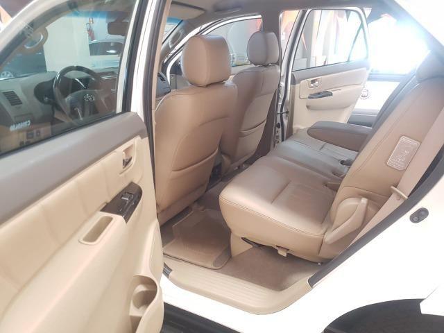 Toyota Hilux SW4 3.0 aut. 7 lugares - Foto 11