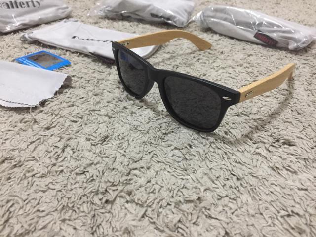 Somente hoje e amanhã Oculos Sport haste em bambu lente polarizada - Foto 4