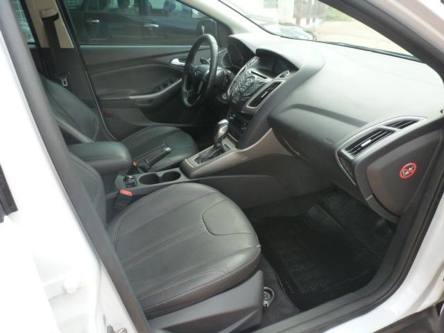 Ford Focus Hatch SE 2.0 16V PowerShift - Foto 6