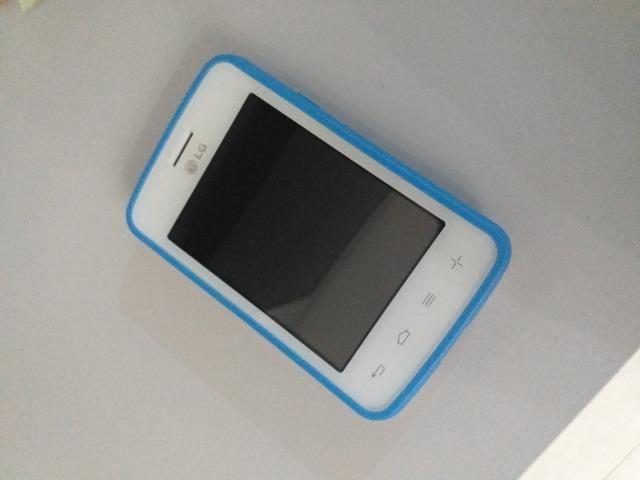Smartphone LG L30 Sporty Dual Chip - Cor Branco/Azul - Foto 3