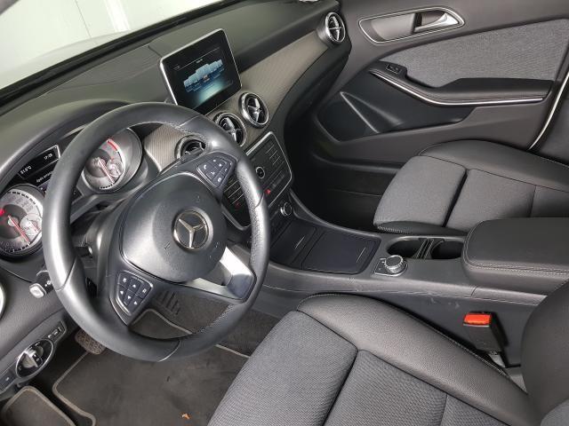 Mercedes GLA 200 Adv. 1.6/1.6 TB 16V Flex  Aut. - Branco - 2016 - Foto 13