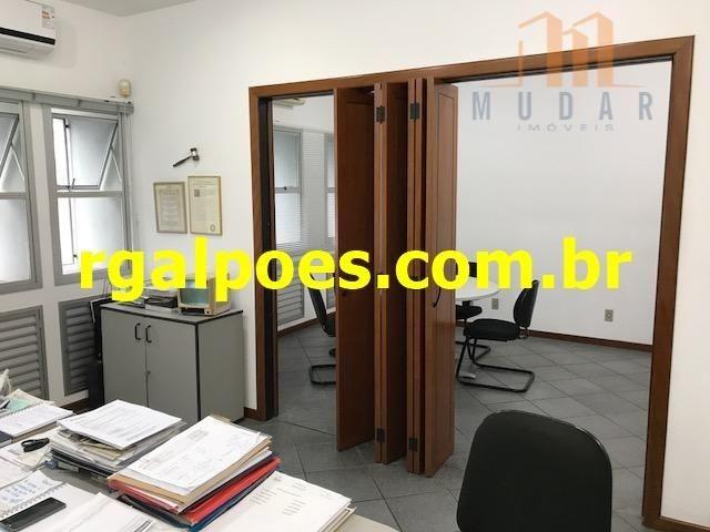 Galpão 650m², 5 salas, 6 banheiros, elevador industrial e recepção - Foto 13