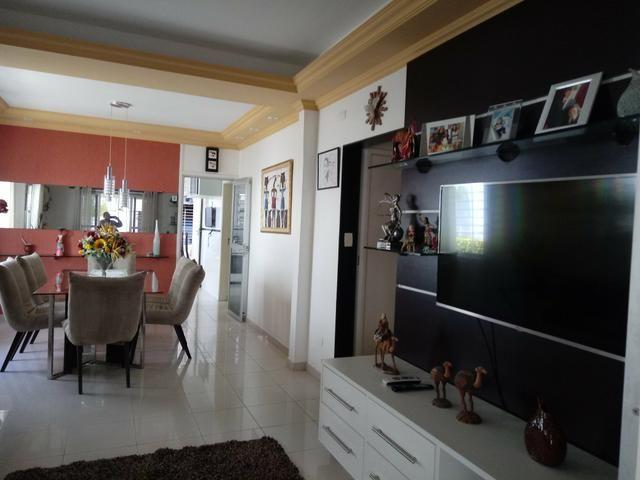 Vendo linda mansão com excelente localização - Foto 7