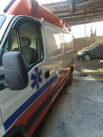 Master ambulancia 2007 UTI - Foto 2