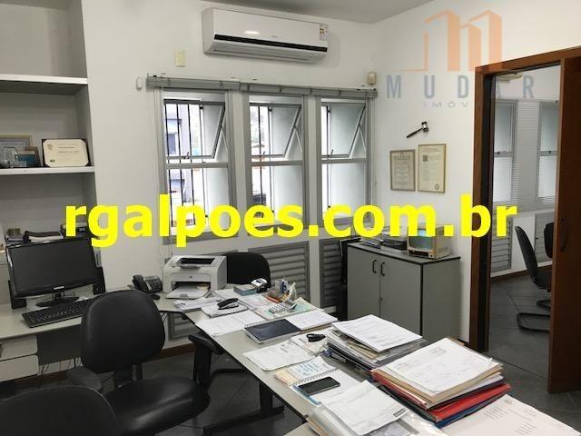 Galpão 650m², 5 salas, 6 banheiros, elevador industrial e recepção - Foto 12