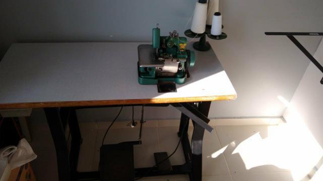 Máquina de costura e overloque - Foto 2