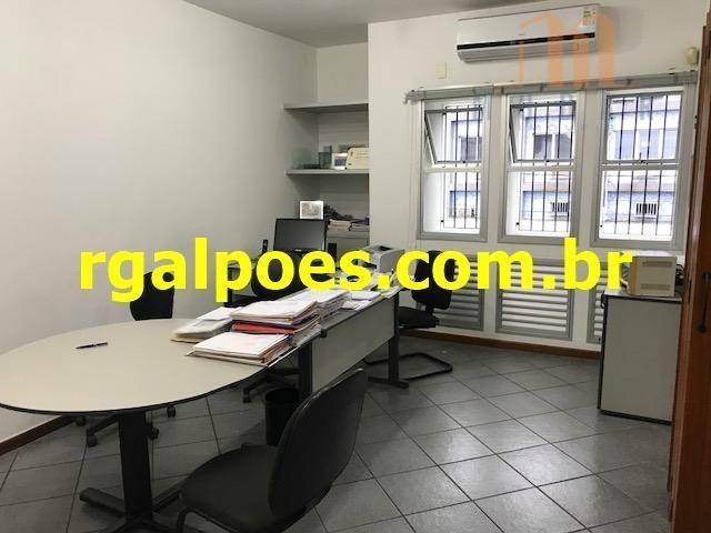 Galpão 650m², 5 salas, 6 banheiros, elevador industrial e recepção - Foto 11