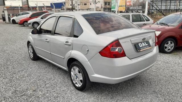 Fiesta Sedan 1.0 8V Flex 4p - Foto 5