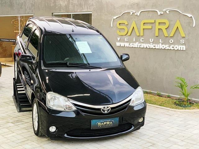 Etios XLS Hatch 1.5 - 1 ano de garantia