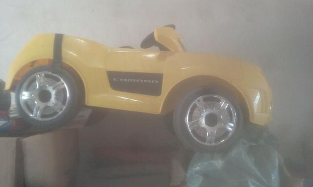 Camaro Elétrico de brinquedo - Foto 4