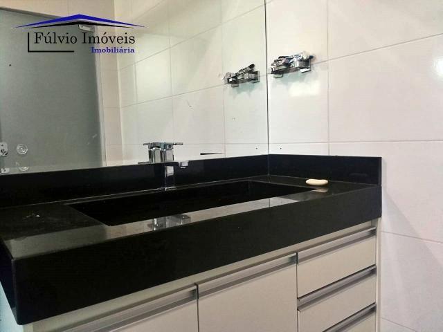 Maravilhosa casa moderna, completa em armários, ar condicionado, 05 quartos, 04 com suítes - Foto 11