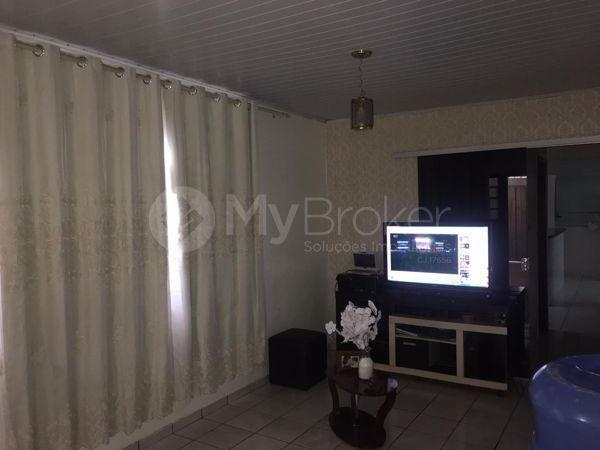 Casa com 3 quartos - Bairro Aeroviário em Goiânia - Foto 7