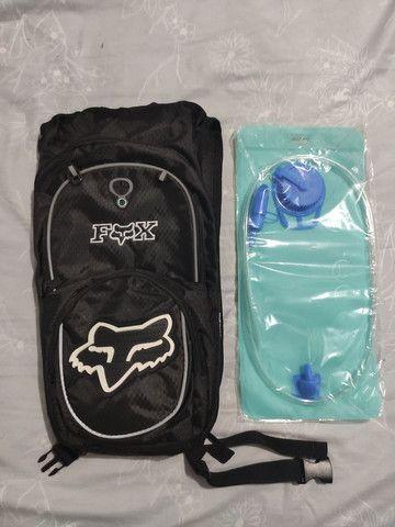 Mochila de hidratação Fox (ótimo para ciclismo) - Foto 2