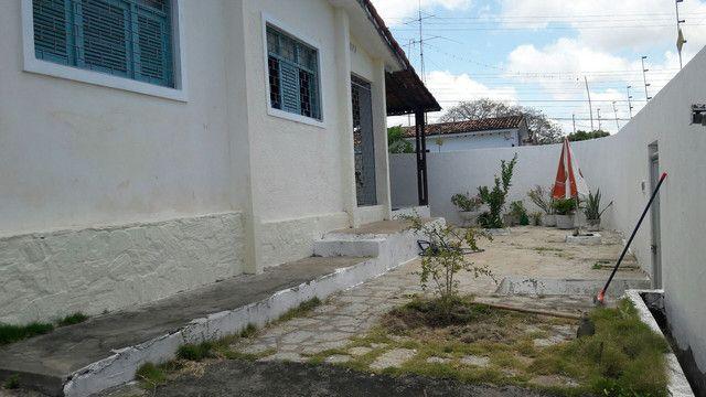 Vendo ou permulto casa no Castelo Branco  - Foto 20