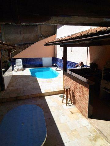 Casa e loja em rua central de Corrêas - Foto 2